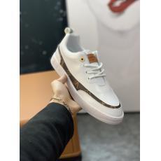 ヴィトン LOUIS VUITTON  メンズカジュアルシューズ運動靴スニーカー高品質ローファー2色ブランド通販口コミ